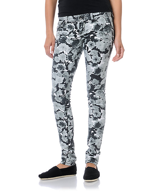 Almost Famous Katie Black & White Floral Skinny Jeans