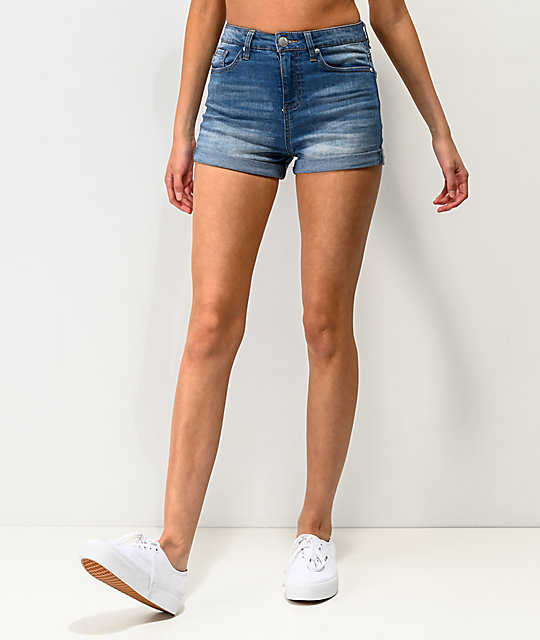 Almost Famous Roll Cuff shorts de mezclilla