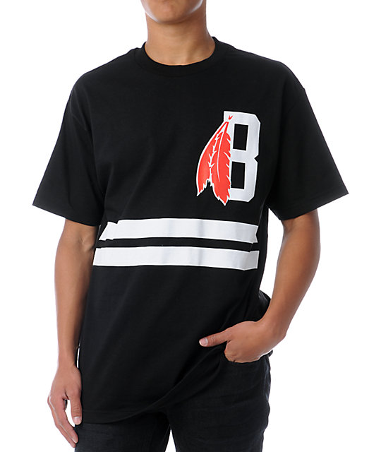 Black Scale Feather Black T-Shirt