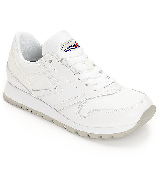 e2373979b1dad Brooks Chariot All White Women s Shoes