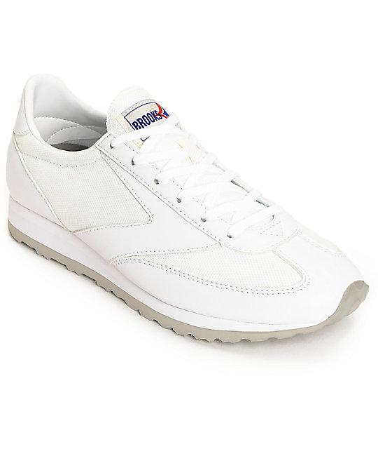 75a223fba9577 Brooks Vanguard All White Women s Shoes