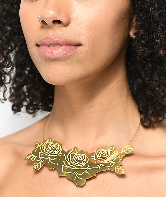 By Samii Ryan Rose Cluster Gold Necklace