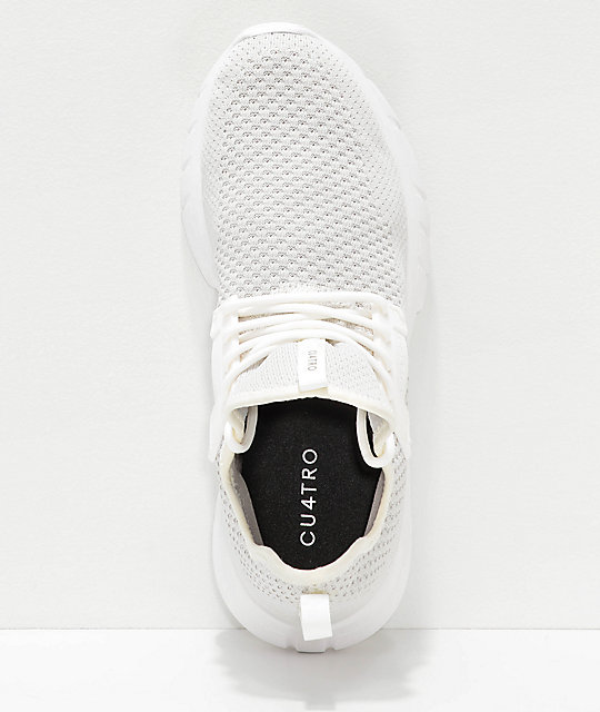CU4TRO Bolt Cream Knit Shoes