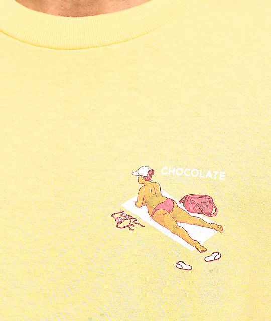 Chocolate Beach Bather camiseta amarilla