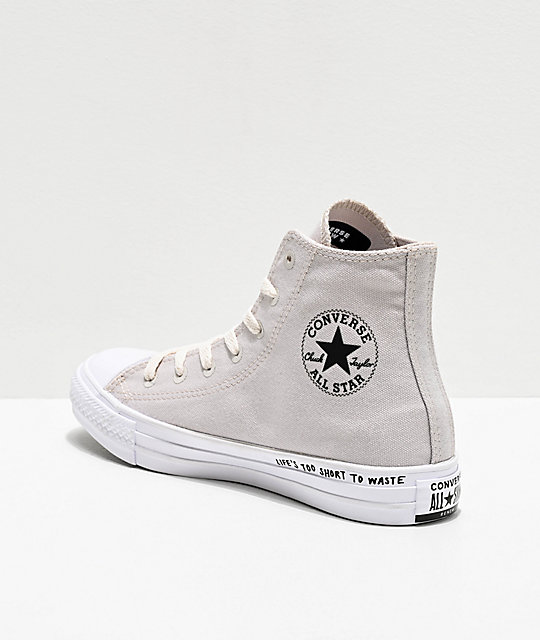 2converse pale putty