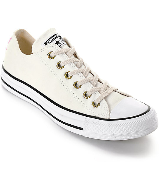 a05096bcf77b Converse Chuck Taylor All Star Ox White Shoes