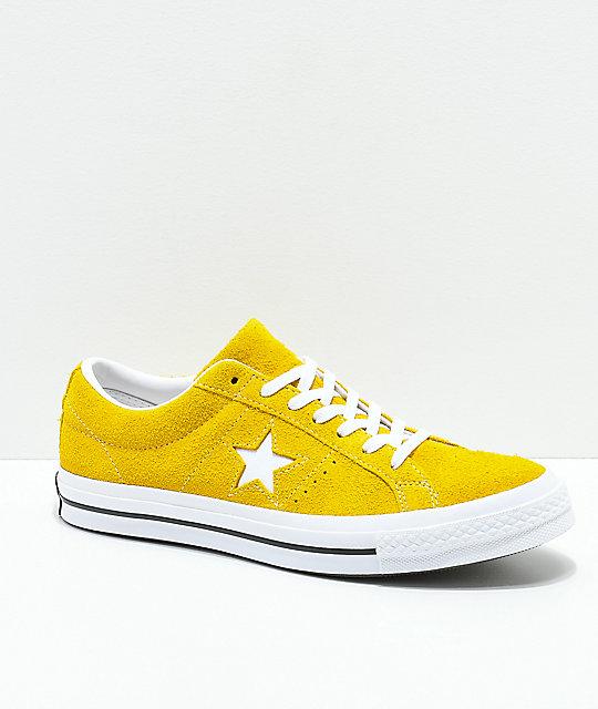 2converse 26 amarillo