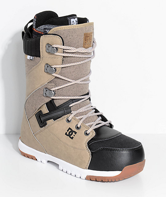 DC Mutiny Brown Snowboard Boots