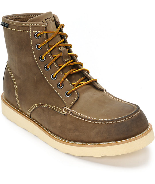 a646cf94eb0 Eastland Lumber Up Leather Boots