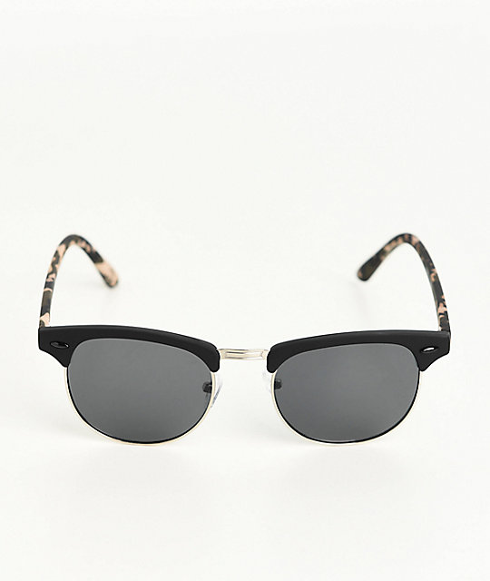 Empyre Retro Blend In Black Sunglasses