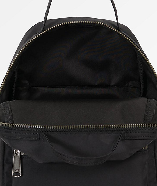 Herschel Supply Co. Nova mini mochila satinada negra