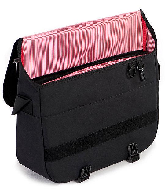 e08df160ce Herschel Supply Co. Pop Quiz Black 15L Messenger Bag