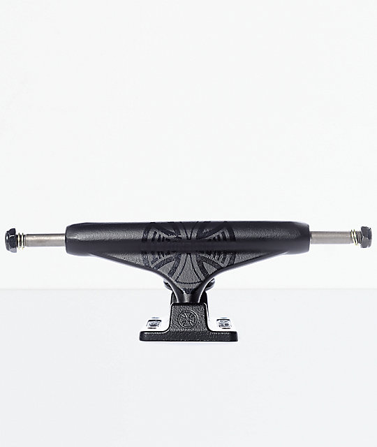 Independent Black Out 144 Stage 11 Skateboard Truck