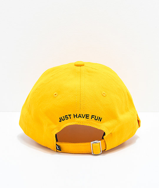 Just Have Fun Classic Skate gorra strapback el color mostaza