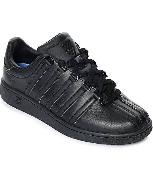 66aa2fff188d K-Swiss Classic VN All Black Shoes