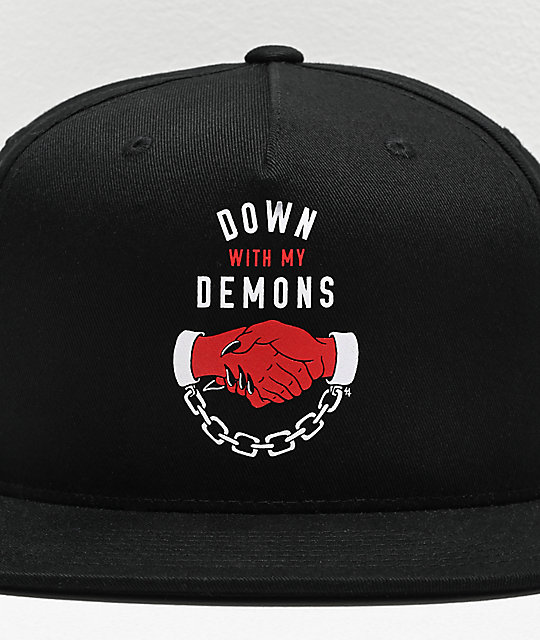 Lurking Class by Sketchy Tank Down With My Demons gorra negra y roja
