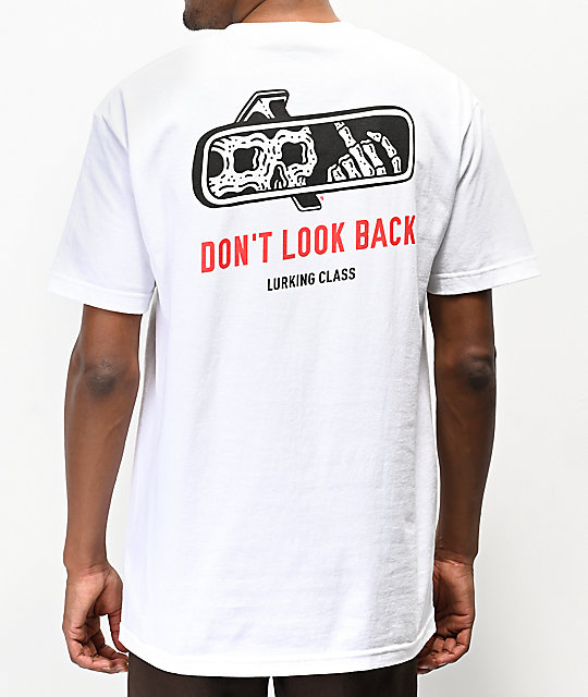 Lurking Class by Sketchy Tank Look Back camiseta blanca