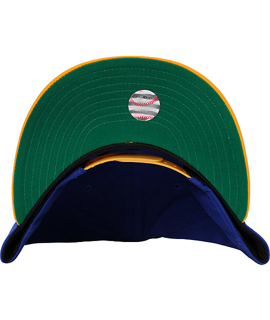 MLB New Era Milwaukee Brewers World Star Snapback Hat