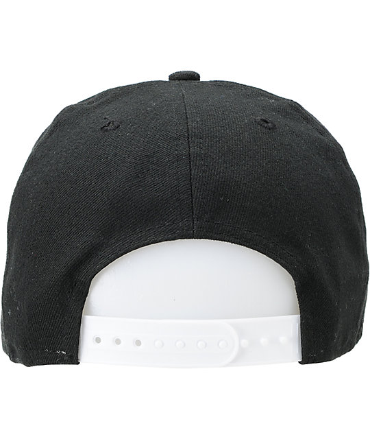 NEW OFFICIAL QUAKE METAL SYMBOL BLACK BASEBALL STYLED SNAPBACK CAP