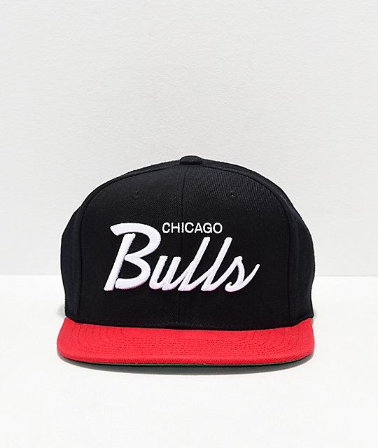 Mitchell & Ness Bulls Black & Red Snapback Hat
