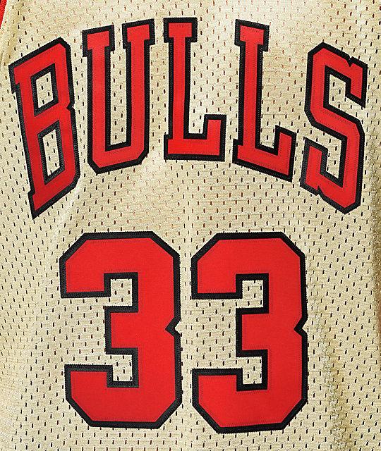 ... Mitchell   Ness Bulls Pippen Gold Jersey ... 16fc8d0d65