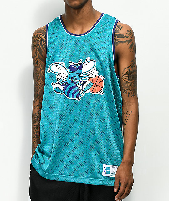 official photos c29b8 9c010 Mitchell & Ness Hornets Mesh Basketball Jersey