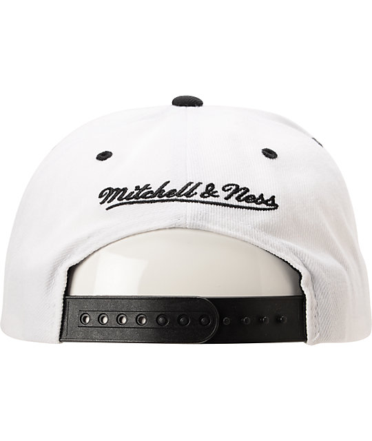 Mitchell And Ness LA Lakers Arch Logo White & Black Snapback
