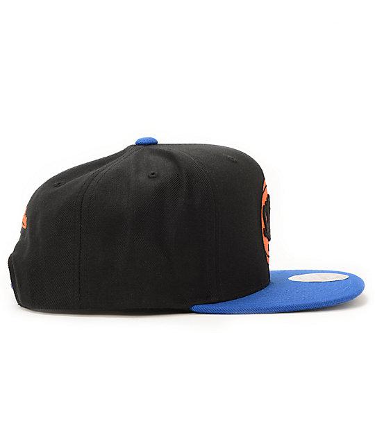 d92d298385f ... NBA Hall Of Fame x Mitchell and Ness Upside Down Knicks Black Snapback  Hat ...