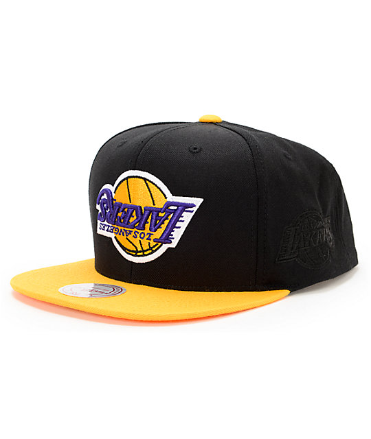 37d173af1f207 NBA Hall Of Fame x Mitchell and Ness Upside Down Lakers Black Snapback Hat
