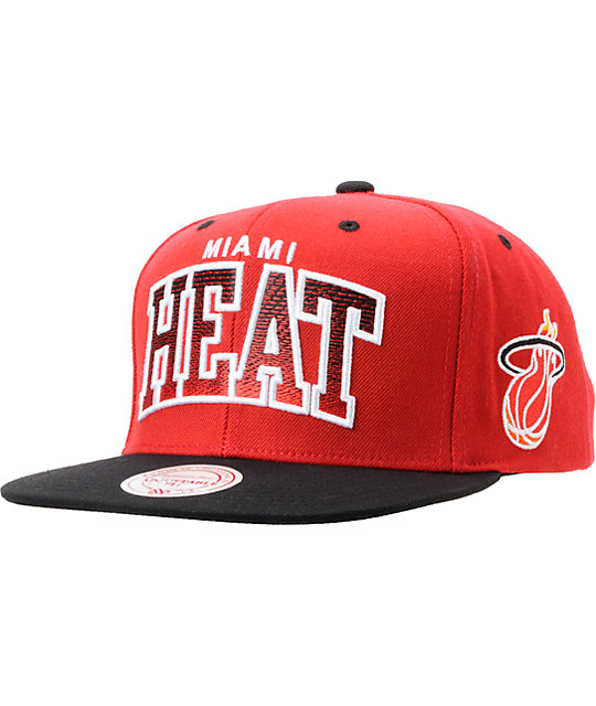 9ccdef11e30cf NBA Mitchell And Ness Miami Heat Arch Gradient Red Snapback Hat