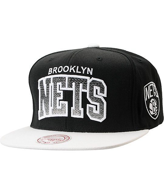 NBA Mitchell and Ness Brooklyn Nets Gradient Arch Black Snapback Hat