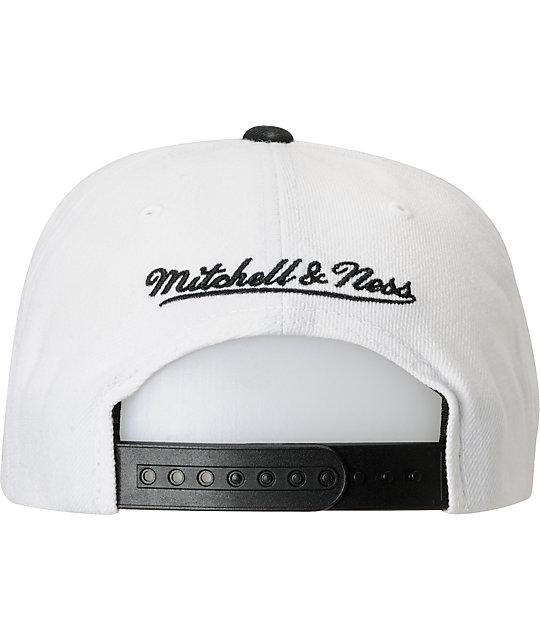 quality design 80504 1adf4 ... NBA Mitchell and Ness Brooklyn Nets XL Logo Snapback Hat ...