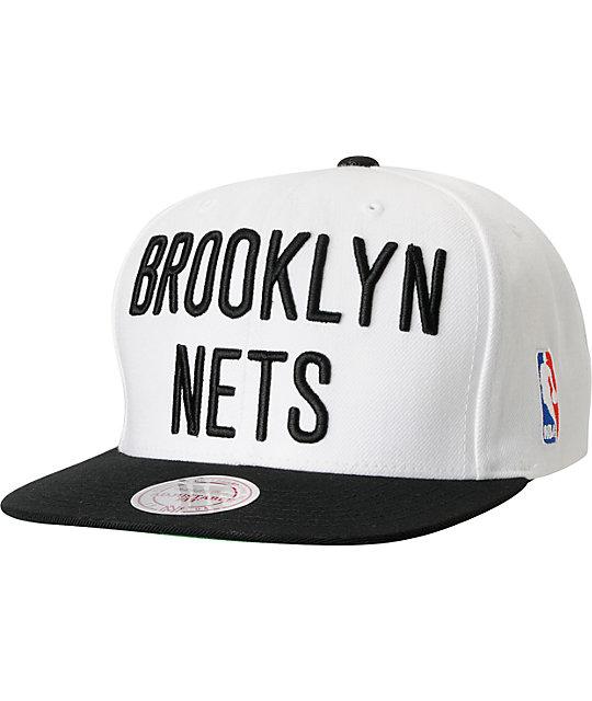 low priced 20a7d 32a57 NBA Mitchell and Ness Brooklyn Nets XL Logo Snapback Hat   Zumiez
