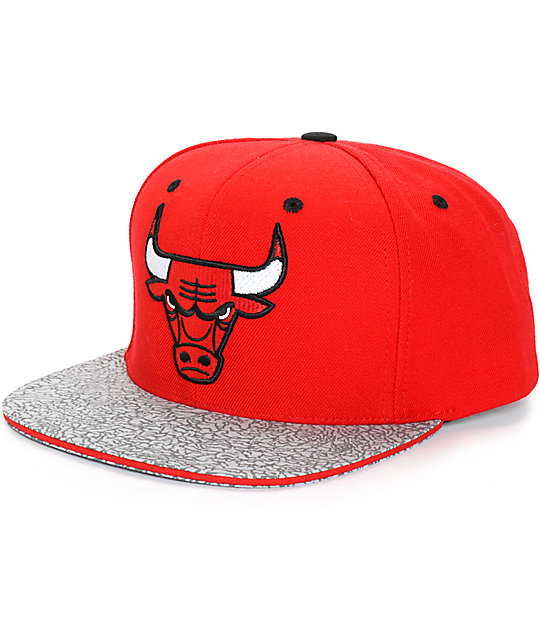 7109298cf79 NBA Mitchell and Ness Bulls Crackle Snapback Hat