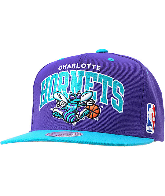 finest selection 0b7ee 2897a NBA Mitchell and Ness Charlotte Hornets Arch Snapback Hat   Zumiez
