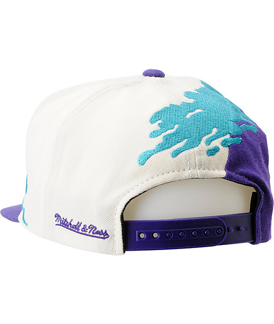 NBA Mitchell and Ness Charlotte Hornets Paintbrush Snapback Hat