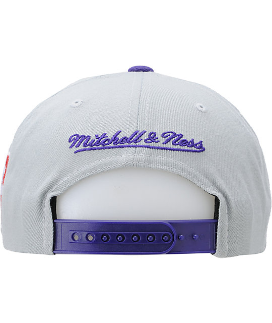 NBA Mitchell and Ness Charlotte Hornets Snapback Hat
