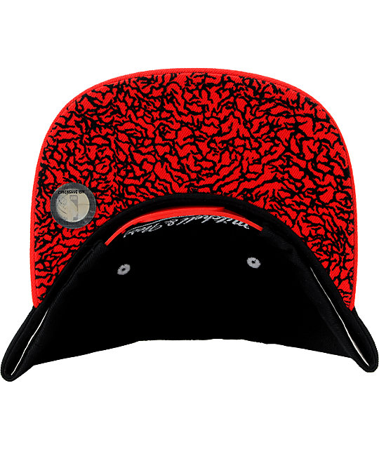 NBA Mitchell and Ness Chicago Bulls  Black Crackle Snapback Hat