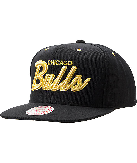 NBA Mitchell and Ness Chicago Bulls Black   Gold Snapback Hat  d8a2fa051bf