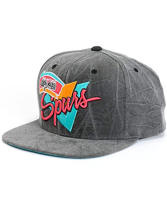 NBA Mitchell and Ness Crease Triangle Spurs Snapback Hat  72d0fdc5754
