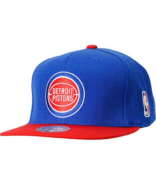 NBA Mitchell and Ness Detroit Pistons Basic 2Tone Snapback Hat  b25b53308be