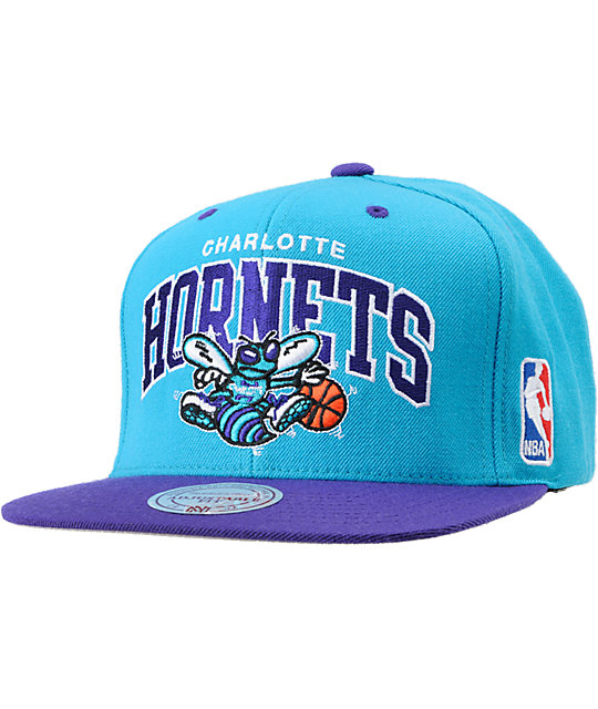 low cost d49f5 d93fa NBA Mitchell and Ness Hornets Reverse Arch Snapback Hat   Zumiez