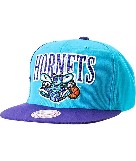 NBA Mitchell and Ness Hornets Side Logo Snapback Hat