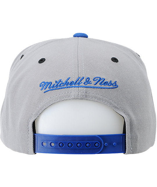 NBA Mitchell and Ness Knicks Grey Undervisor Arch Snapback Hat