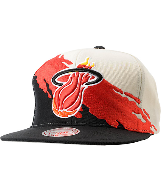 NBA Mitchell and Ness Miami Heat Paintbrush Snapback Hat