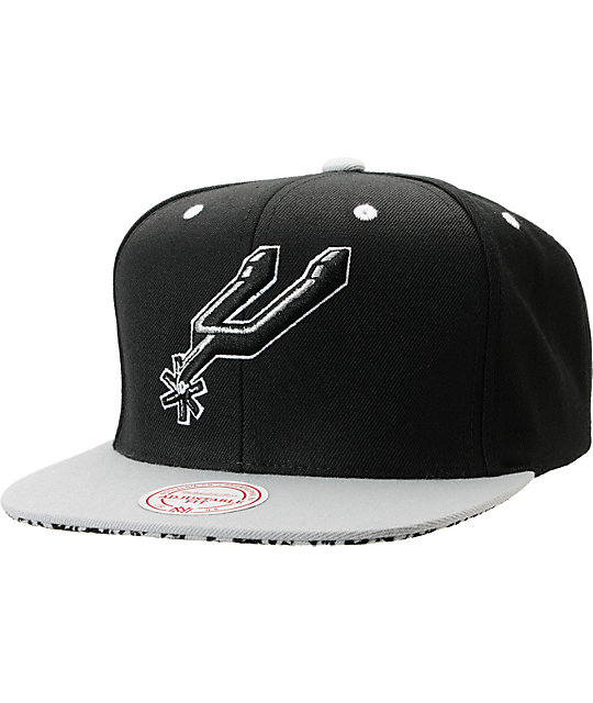 NBA Mitchell and Ness San Antonio Spurs Crackle Snapback Hat