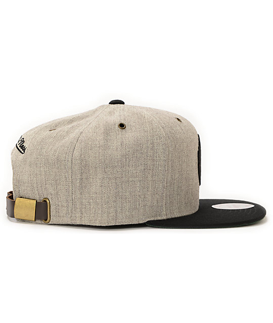 6a27ecc7cb9 ... NBA Mitchell and Ness Trail Blazers Grey Wool 2Tone Strapback Hat ...