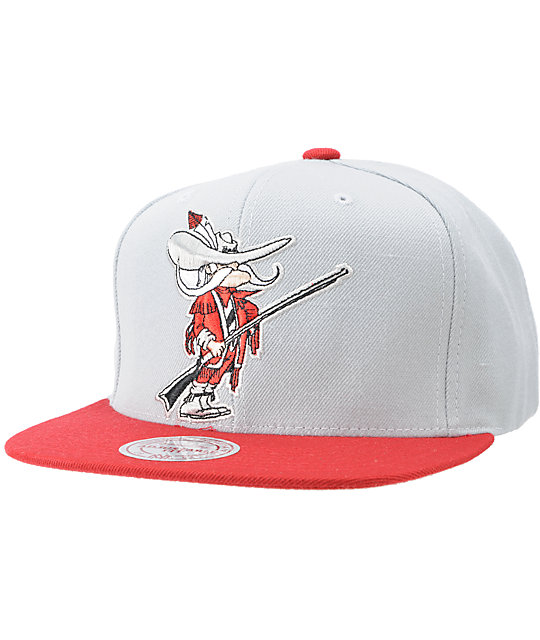 NCAA Mitchell and Ness UNLV Grey XL Snapback Hat