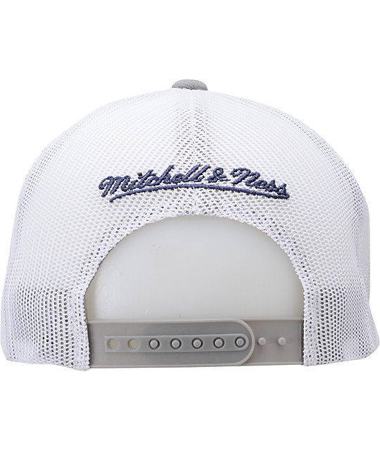NFL Mitchell and Ness Dallas Cowboys Mesh Snapback Hat