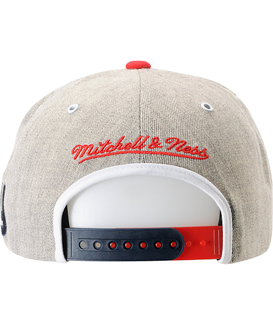 a8d951e81 ... NFL Mitchell and Ness New York Giants 2Tone Arch Snapback Hat